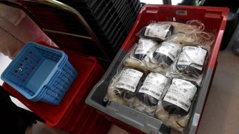 Csak a sürgősségi műtétekhez kapnak vért a kórházak