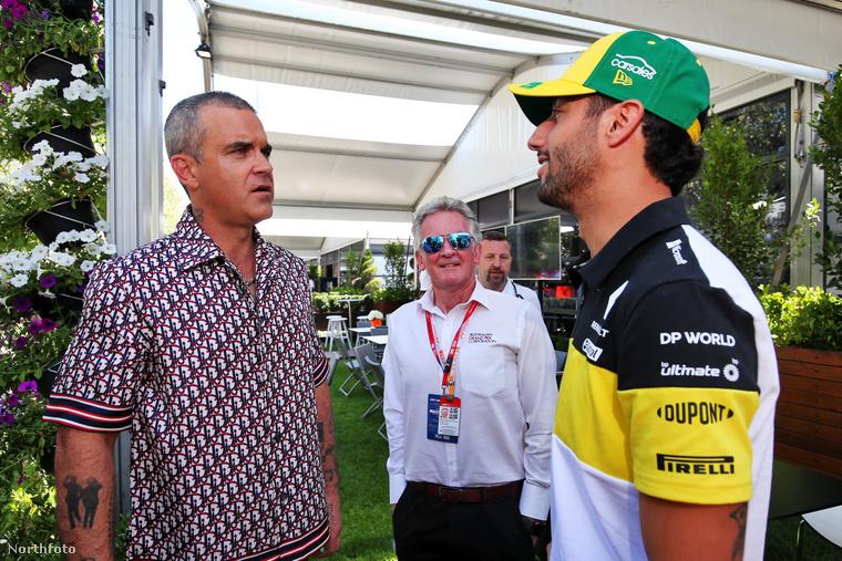 A sztár a 2020-as Formula–1 ausztrál nagydíj  felkészülési napján látogatott el a verseny helyszínére, amit egyébként a koronavírus miatt végül nem tartottak meg