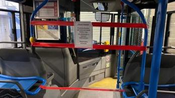 Koronavírus: lezárják a BKV-s buszok utasterének elejét a sofőrök védelme miatt