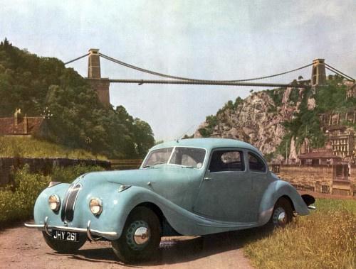 Bristol 400 1948-ból, az elsők közül. Még rettentően BMW 328-asnak néz ki