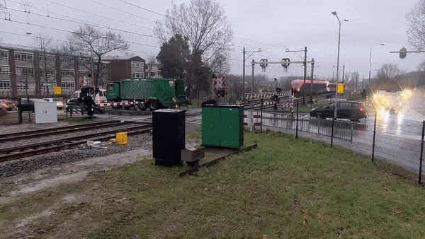 Garbage-Truck-Train.gif