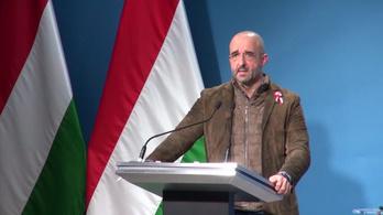 Meghalt az első magyar koronavírusos beteg: az Operatív Törzs sajtótájékoztatója