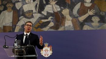 Szerbiában az utcákra vezénylik a hadsereget, katonák védik a kórházakat