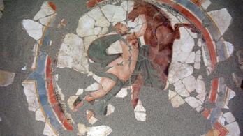 Egy papír ötvenes alatt rejtőztek Komárom római kori kincsei