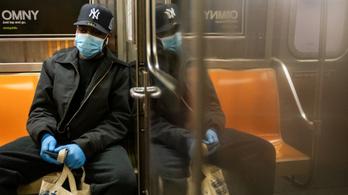 Újabb rekord, egy nap alatt több mint 50 ezer új fertőzött Amerikában