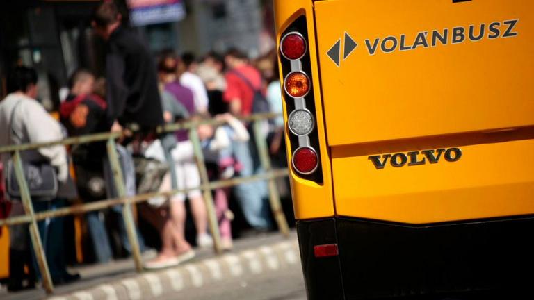 1460 forint lesz a bruttó alapórabér a volánbuszos buszvezetőknél