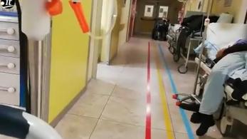 Olaszországban már van, ahol a folyosón helyezik el a fekvőbetegeket