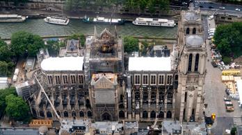 Leáll a Notre-Dame helyreállítása a koronavírus miatt
