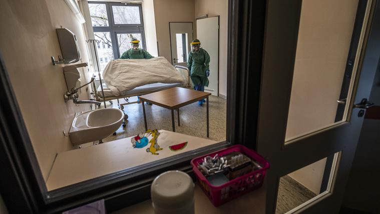 Ötvenre emelkedett a fertőzöttek száma Magyarországon