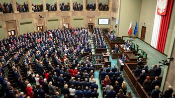 Karanténba vonult a lengyel kormány egy része