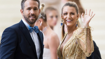 Ryan Reynolds: A koronavírus egy seggfej