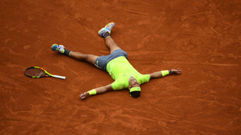 A Roland Garrost is elhalasztják a járvány miatt