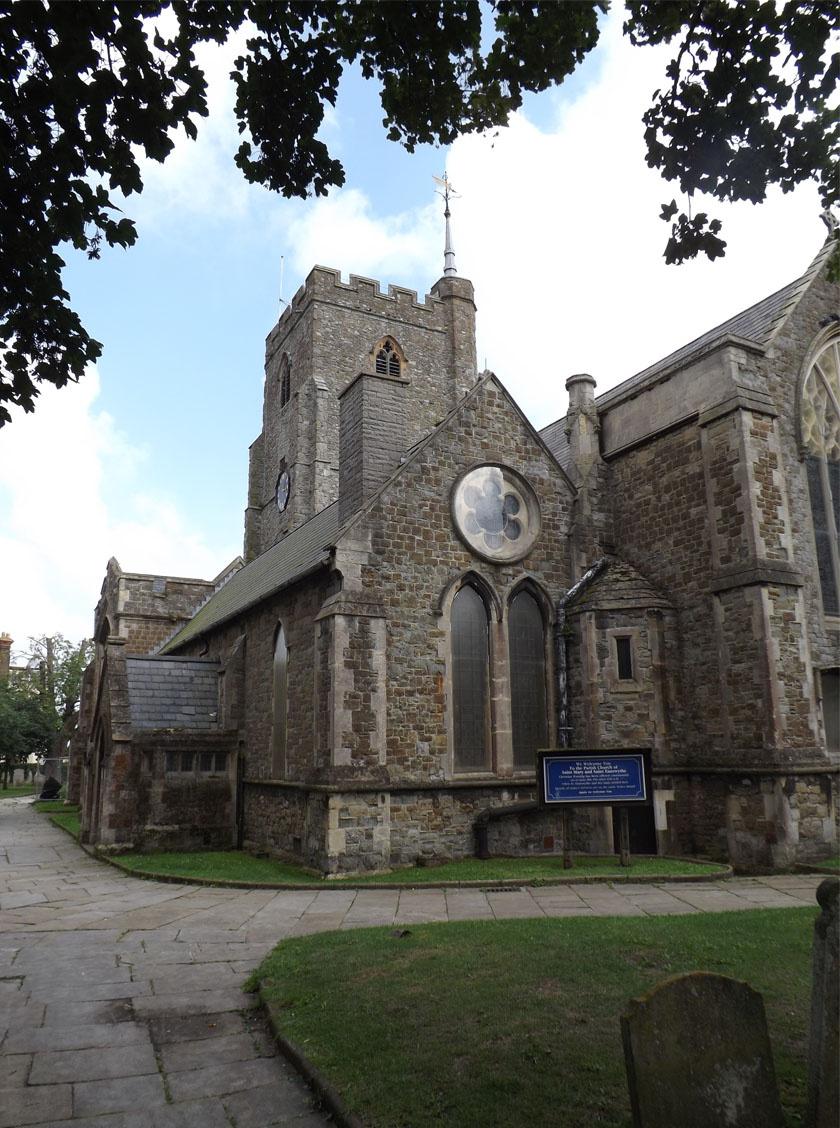 A középkori templom, ahol a csontokat befalazták.