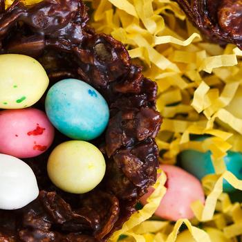 Így készül a nyuszifészek csokiból: kicsikkel is öröm elkészíteni
