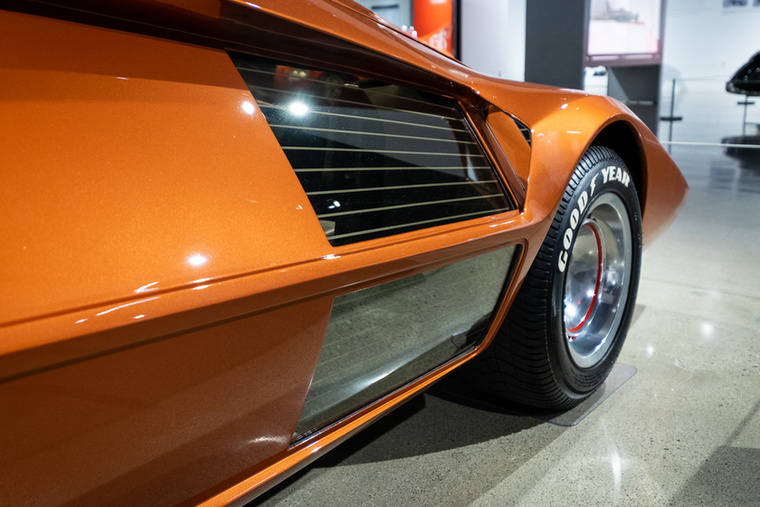 Számtalan autómodell emlékezett meg erről a döbbenetről, amely 1970-ben készült