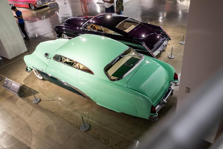 Ha már lúd, legyen kövér-alapon a Mercury orrába egy 5,4 literes Cadillac-motort tettek