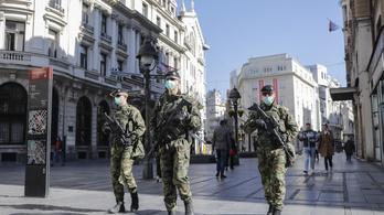 Szerbiában a 65 évesnél idősebbek már egyáltalán nem léphetnek ki az utcára