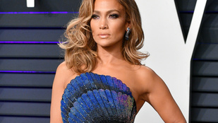Jennifer Lopezék sem mennek étterembe, 12 éves fia szolgálja ki őket