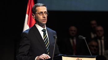 Varga: A törlesztési moratórium futamidő-hosszabbítást jelent