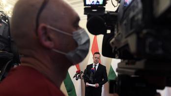 Szijjártó: Minden külföldön rekedt magyart szeretnénk hazahozni