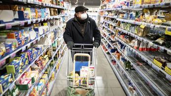 """Soha nem volt még ekkora forgalom a boltokban, a kereskedelmi dolgozók """"pokoli munkát végeznek"""