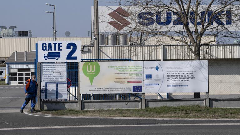 Mit jelent Magyarország gazdaságának az autógyárak leállása?