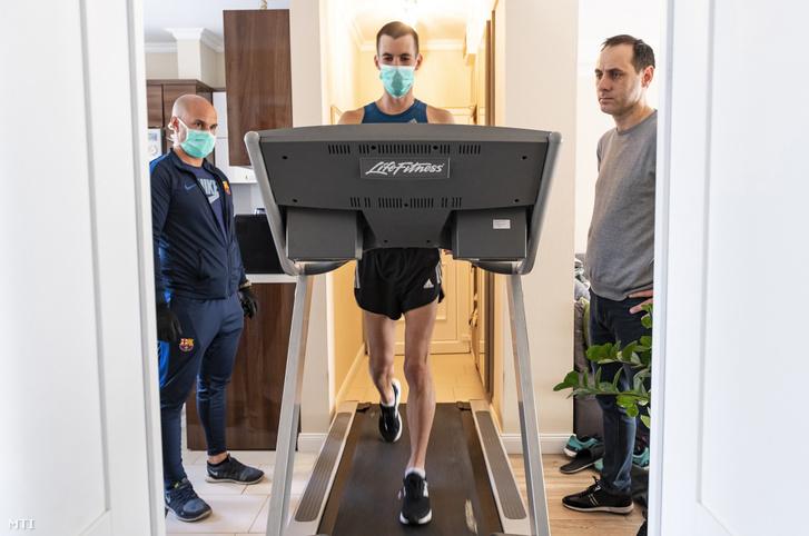 Torma Máténakegyesülete, a Nyíregyházi Sportcentrum adta kölcsön a futógépet