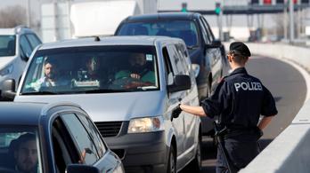 Legfeljebb négynapos igazolással lehet átmenni Ausztriába