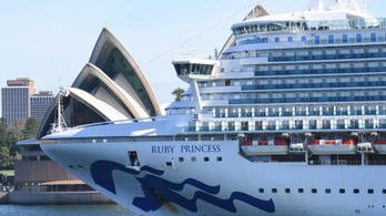 Több mint 2600 ember úgy hagyott el egy hajót, hogy nem tudtak a fertőzöttekről