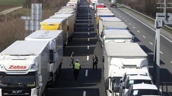 Az egész magyar ipar súlyos bajba kerülhet, ha tovább késnek a szállítmányok