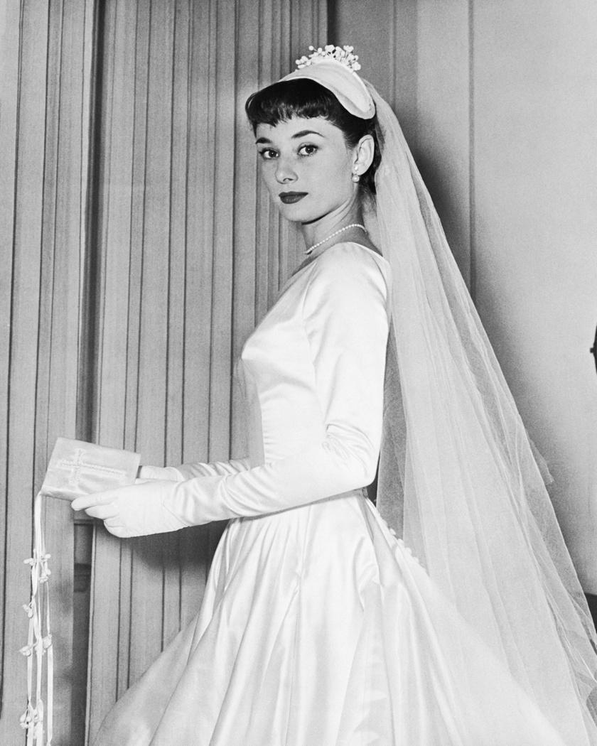 audrey hepburn menyasszonyi ruha
