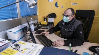 Kiberbiztonsági tippek a Nemzetbiztonsági Szakszolgálattól járvány idejére