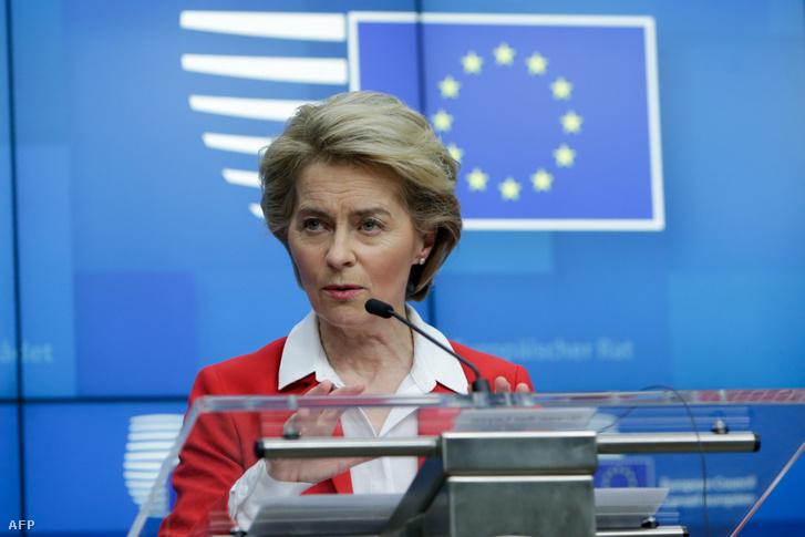 Az Európai Bizottság elnöke, Ursula von der Leyen sajtótájékoztatója az Európai Tanács brüsszeli épületében 2020. március 17-én.