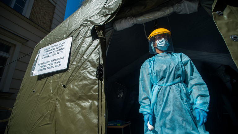 100 fölé ért a fertőzöttek száma Magyarországon