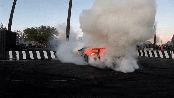 Lamborghini-Huracan-fire.gif