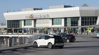 Tömeges elbocsátás a reptéri kiszolgáló cégnél, az állami Malév GH-nál