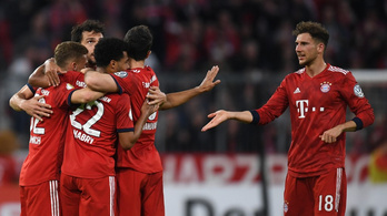 Kétmillió eurót dobott össze három Bayern-futballista a koronavírus ellen