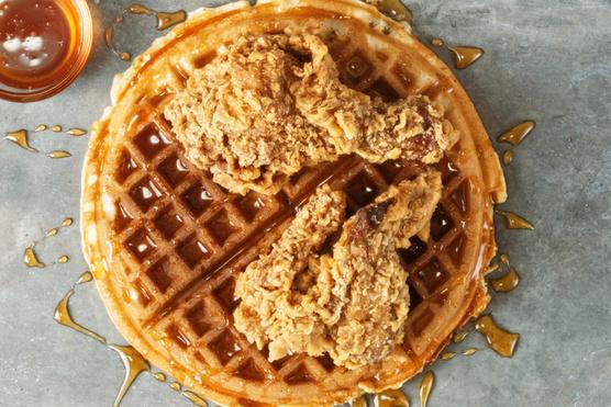 Ez egy csirkés változat, érdemes kipróbálnod egy kis juharsziruppal.