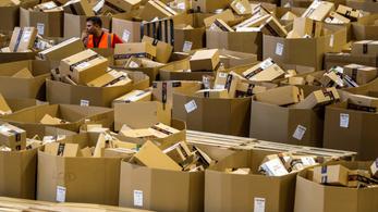 Nagyon megfizeti az Amazon azt, aki most gürizik neki
