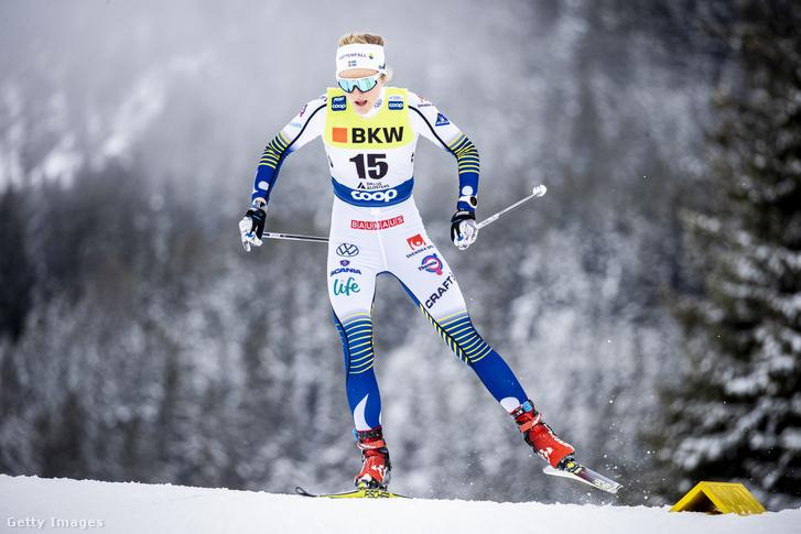 Stina Nilsson a világkupa-sorozat davosi versenyén 2019. december 14-én.