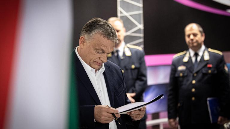 Orbán Viktor 6 pontos, újabb akciótervet jelentett be, átérünk a tömeges megbetegedések szakaszába