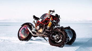 A Star Wars-tól a Mad Maxig mindenhol megállná a helyét az orosz jégmotor