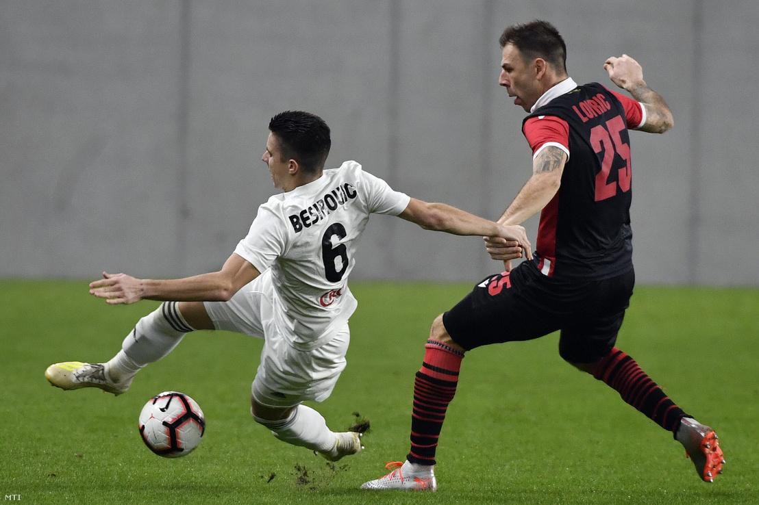 Dino Besirovic a mezõkövesdi csapat játékosa (b) és a kispesti Ivan Lovric a labdarúgó OTP Bank Liga 18. fordulójában játszott Budapest Honvéd - Mezőkövesd Zsóry FC mérkőzésen az Új Hidegkuti Nándor Stadionban 2020. február 1-jén.