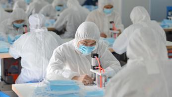 Úgy pörög a kínai maszk ára, mintha a tőzsdén lennénk