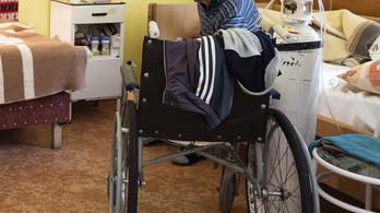 Hazaküldik az amputált betegeket a rehabilitációról
