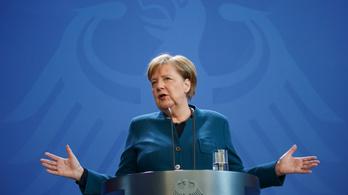 Negatív lett Angela Merkel koronavírustesztje