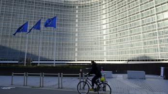 Döntött az EU, hagyják elszállni a tagállamok adósságát és hiányát