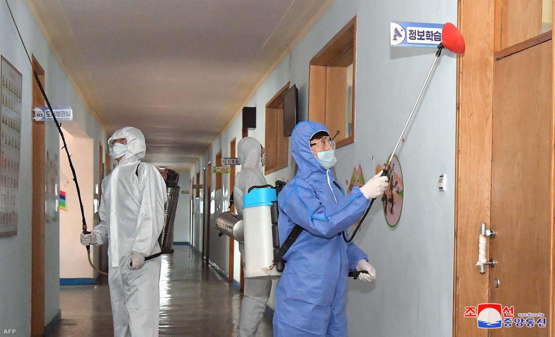 Iskolát fertőtlenítenek Phenjanban