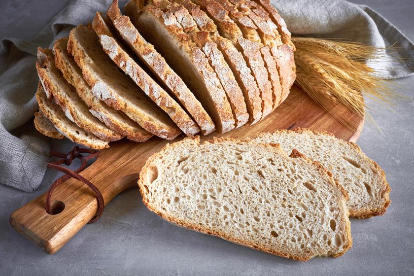 Dagasztás nélküli, foszlós házi kenyér, amit kezdőknek is könnyű elkészíteni