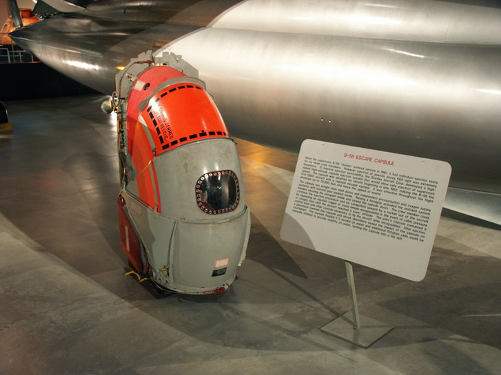A B-58-hoz fejlesztett Stanley Escape Capsule
